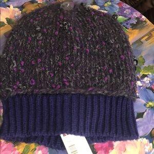 Simply Vera hat